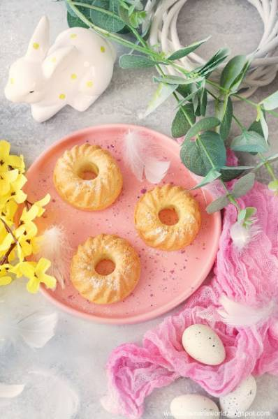 Mini babeczki cytrynowo-migdałowe