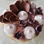 Tort kawowy kruchy, z nutą porzeczki