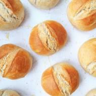 Śniadaniowe bułki pszenne na suchych drożdżach / Crusty Bread Rolls