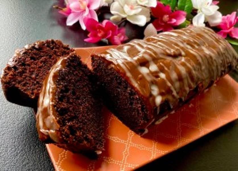 Wilgotna babka czekoladowa