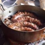 Kiełbasa zapiekana z karmelizowaną cebulą / Sausage and Caramelised Onion Hot Pot