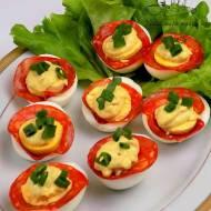 Jajka nadziewane chorizo