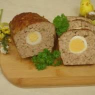 Pieczeń rzymska z jajkiem na Wielkanoc