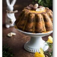 Trójkolorowa babka na Wielkanoc. Trzy kolory – matcha, kurkuma, kakao