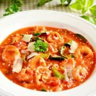 Kremowa zupa pomidorowa z tortellini