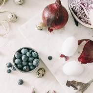 Naturalne barwniki jajek. Jak farbować jajka na Wielkanoc?