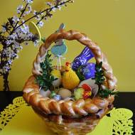 Wielkanocny koszyk - drożdżowy.