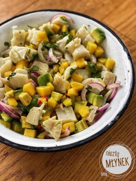 Ceviche z halibuta z mango i avocado