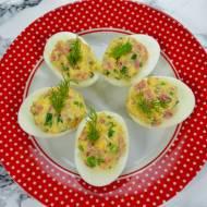 Jajka faszerowane salami, żółtym serem i szczypiorkiem+ film