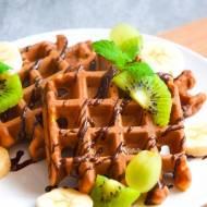 Orkiszowe gofry na maślance z kawałkami czekolady FIT