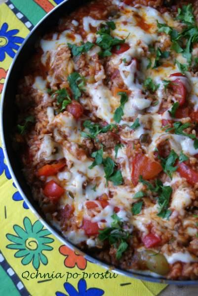 Pomidorowy ryż z mielonym indykiem