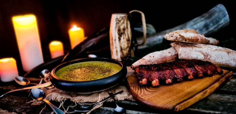 Zupa szczawiowa z żeberkami