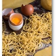 Mistrzowie makaronu. Domowy makaron z jajek, semoliny i oliwy