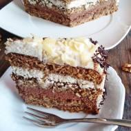 Tort orzechowy z masą czekoladową, orzechową i migdałową