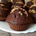 Fit muffinki czekoladowe z masłem orzechowym