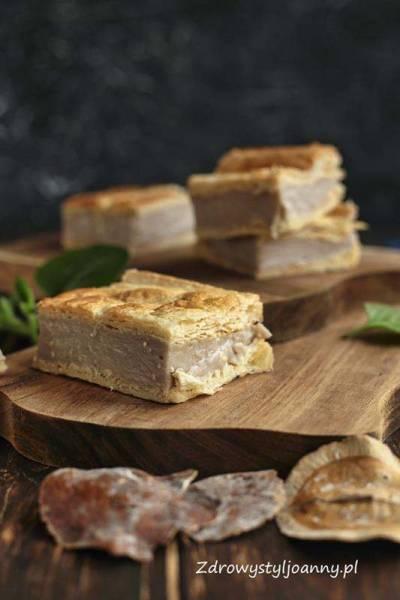 Ciasto francuskie z kremem.
