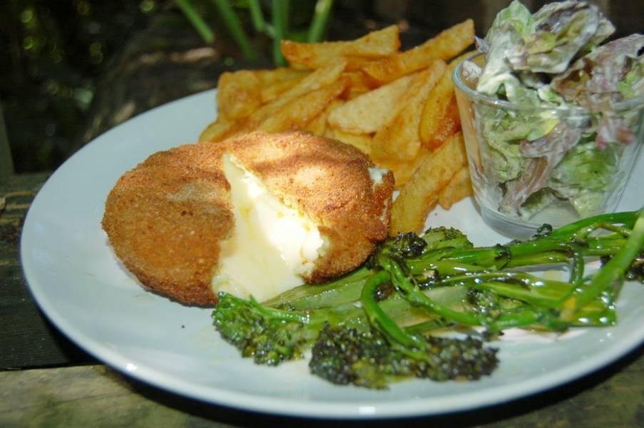Smażony Camembert po włosku, prosty obiad