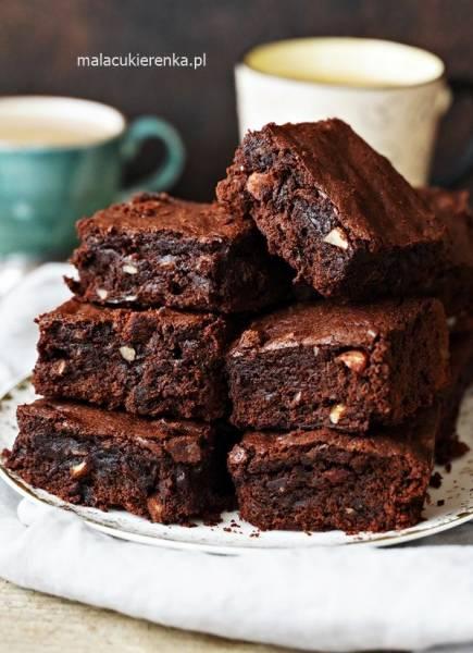 Pyszne brownies czekoladowe z orzechami