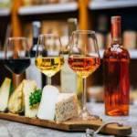 Wino i ser – rekomendacje najlepszych duetów