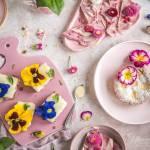 Proste desery z jadalnymi kwiatami