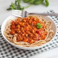 Bolognese bez mięsa. Jak zrobić wegańskie spaghetti bolognese? PRZEPIS