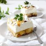 BANANOWA CHMURKA Z GALARETKĄ I MIGDAŁAMI – ciasto bez pieczenia!