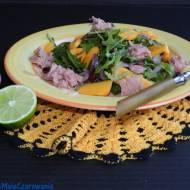 Sałatka z tuńczykiem, fasolą i papają