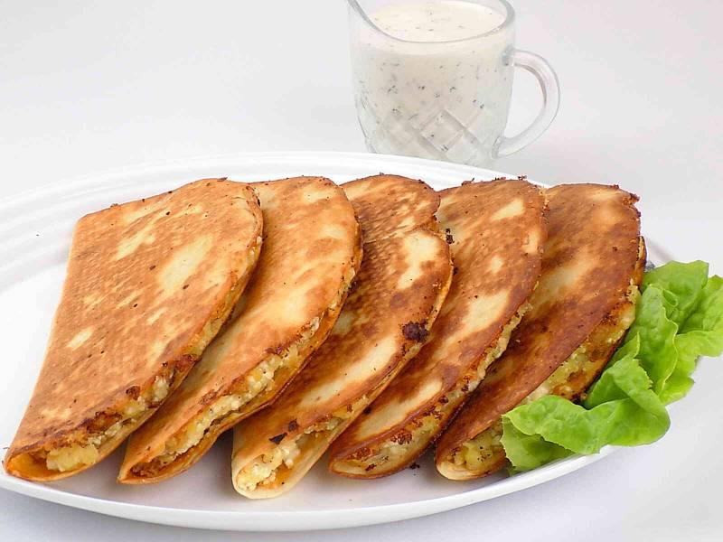 Tortilla smażona z ruskim farszem