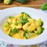 Tortellini z brokułami w sosie curry