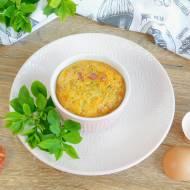 Śniadaniowe muffiny jajeczne z chorizo