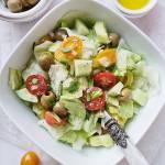 Sałatka z ogórkiem i pomidorem