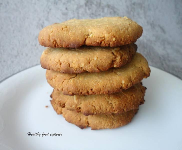 Szybkie bezglutenowe ciasteczka orzechowe