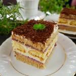 Ciasto Marzenie Królowej – pyszny biszkopt z masą chałwową