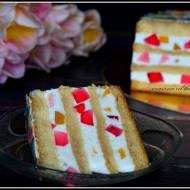 Lekki tort serowy