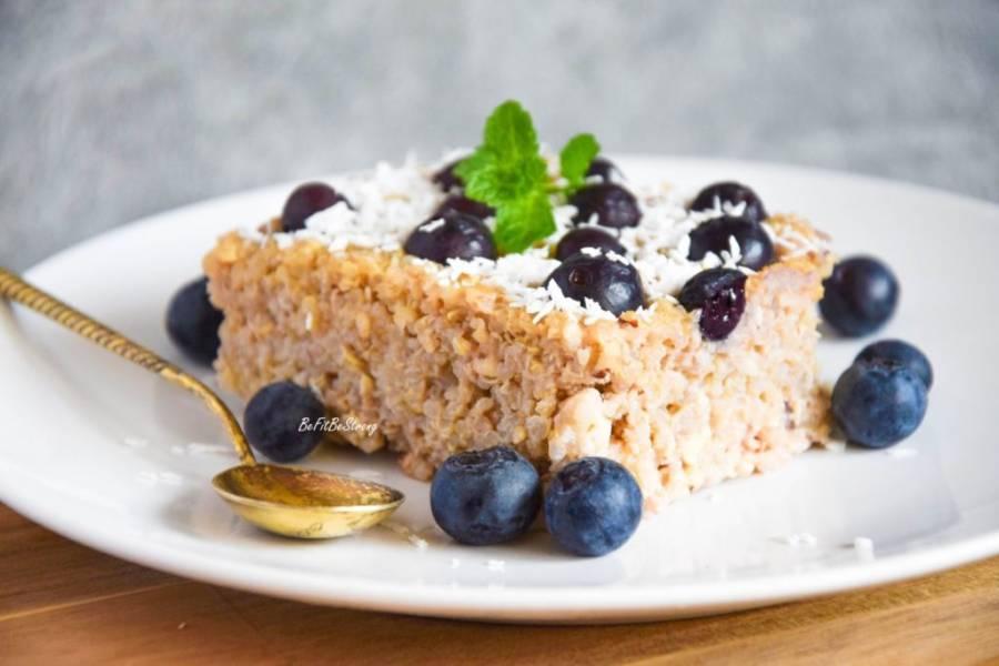 Ciasto z komosy i twarogu z orzechami FIT bez mąki, cukru i tłuszczu