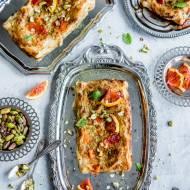 Ciasto francuskie z kremem pistacjowym i pomarańczami