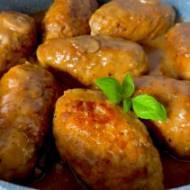 Frykadelki w sosie pieczarkowym