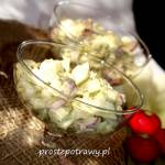 Sałatka z selerem naciowym i rzodkiewkami