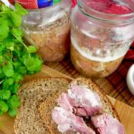 Karkówka w słoiku – przepis na domową konserwę na kanapki