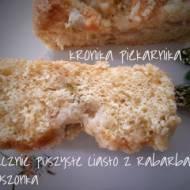 Bajecznie puszyste ciasto z rabarbarem i kruszonką