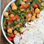 Ciecierzyca z papryką, pomidorami i ryżem basmati