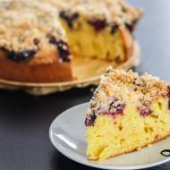 Ciasto ucierane z owocami i kruszonką