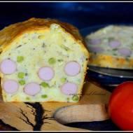 Chlebek z parówkami