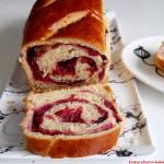 Chlebek rabarbarowy