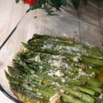 Pieczone szparagi z serem grana padano
