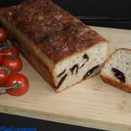 Chleb mieszany z truskawkami na zakwasie
