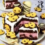 Tort urodzinowy z jogurtowo-wiśniową galaretką (bez glutenu, cukru białego)