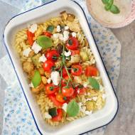 Zapiekanka makaronowa z kurczakiem i warzywami