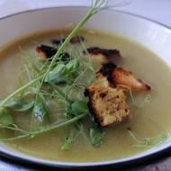Zupa z obierek szparagów