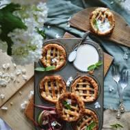 Mini tartaletki  z karmelizowanym rabarbarem